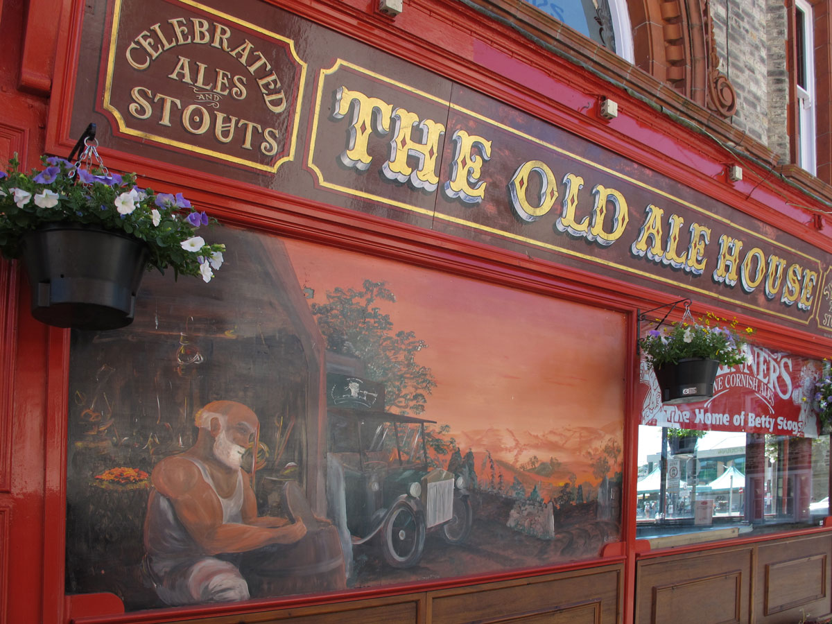 04-The-Old-Ale-House