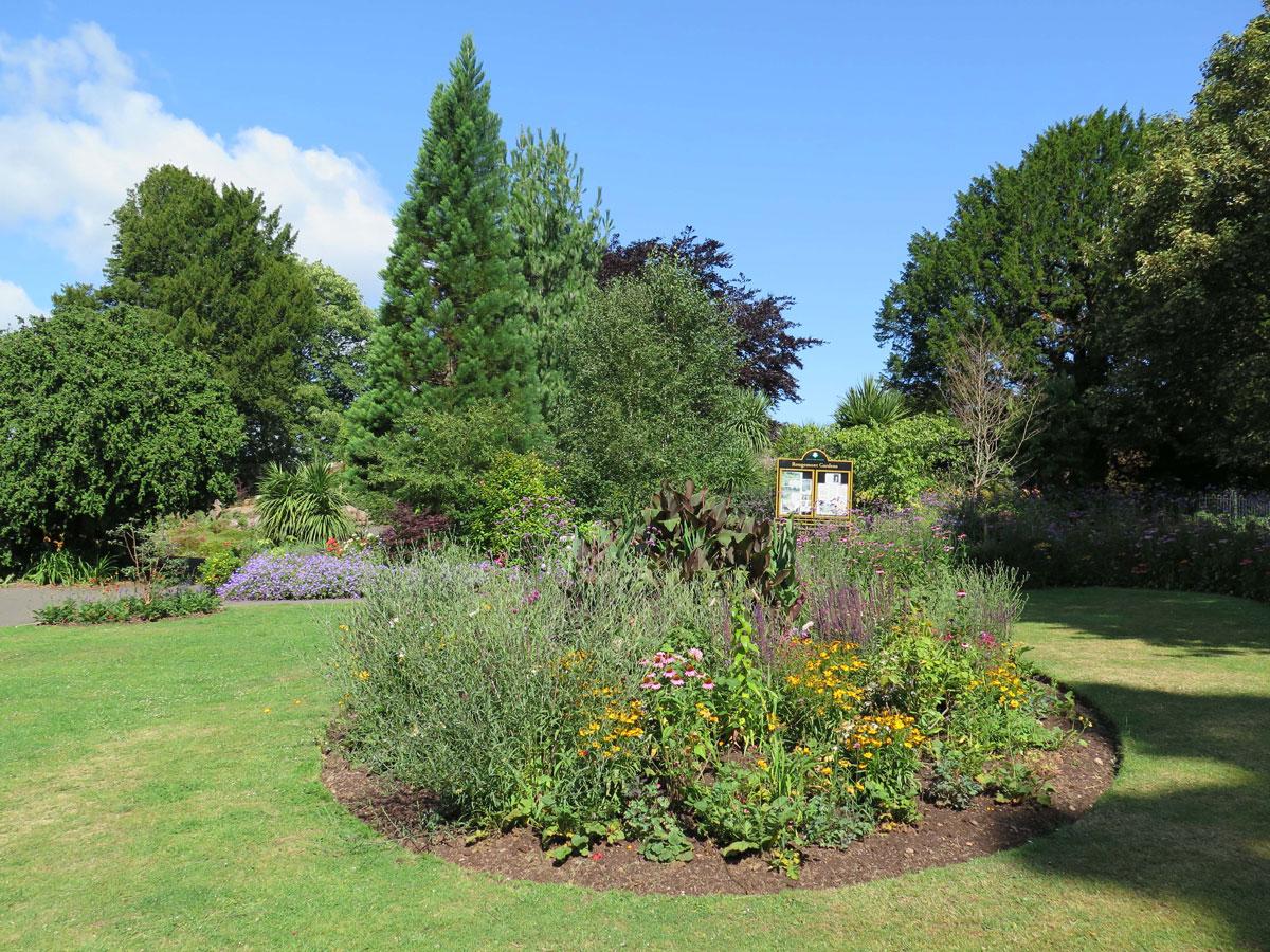 Rougemont Gardens