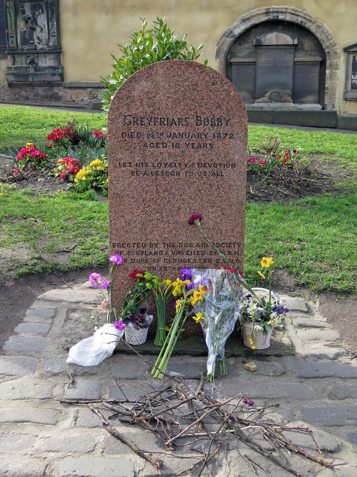 02-Bobby's-Grave
