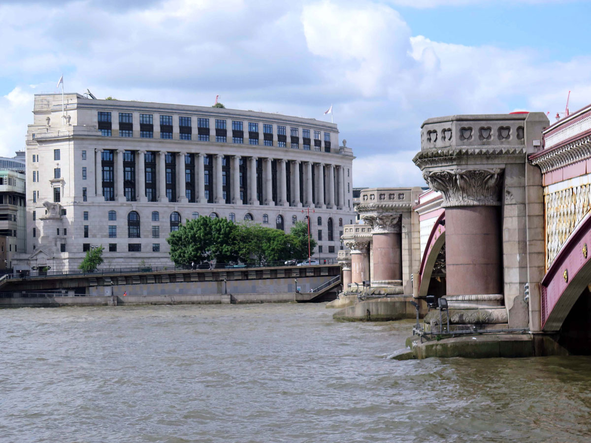 Unilever House and Blackfriars Road Bridge
