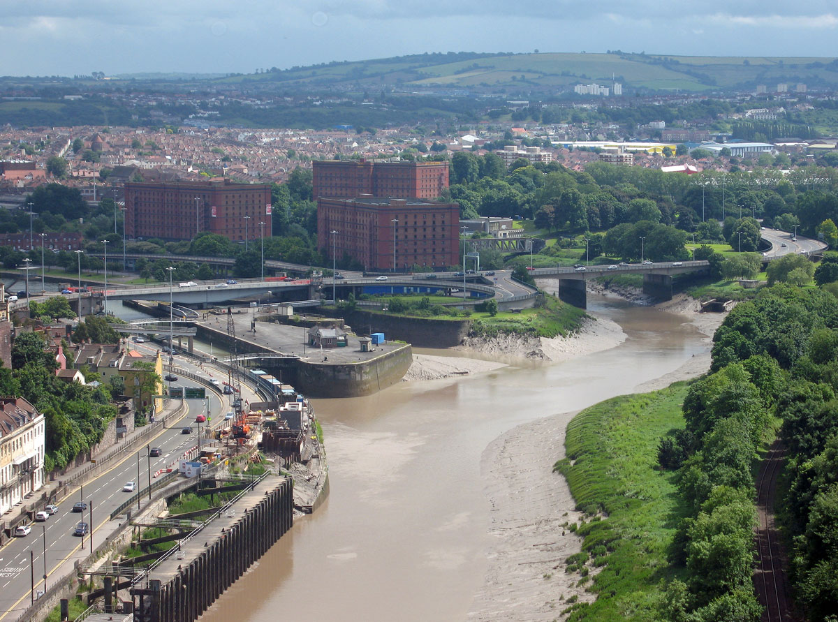 The Entrance to Cumberland Basin (left) and the New Cut (right)