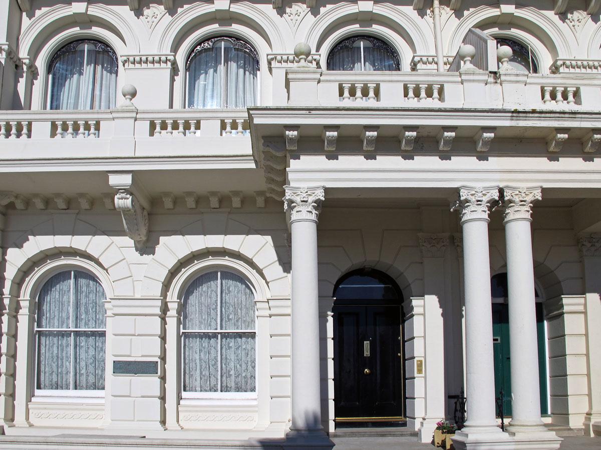 Astor House, at 3 Elliot Terrace