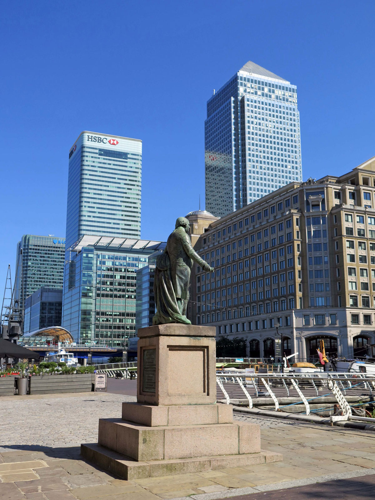 Statue of Robert Milligan on West India Quay