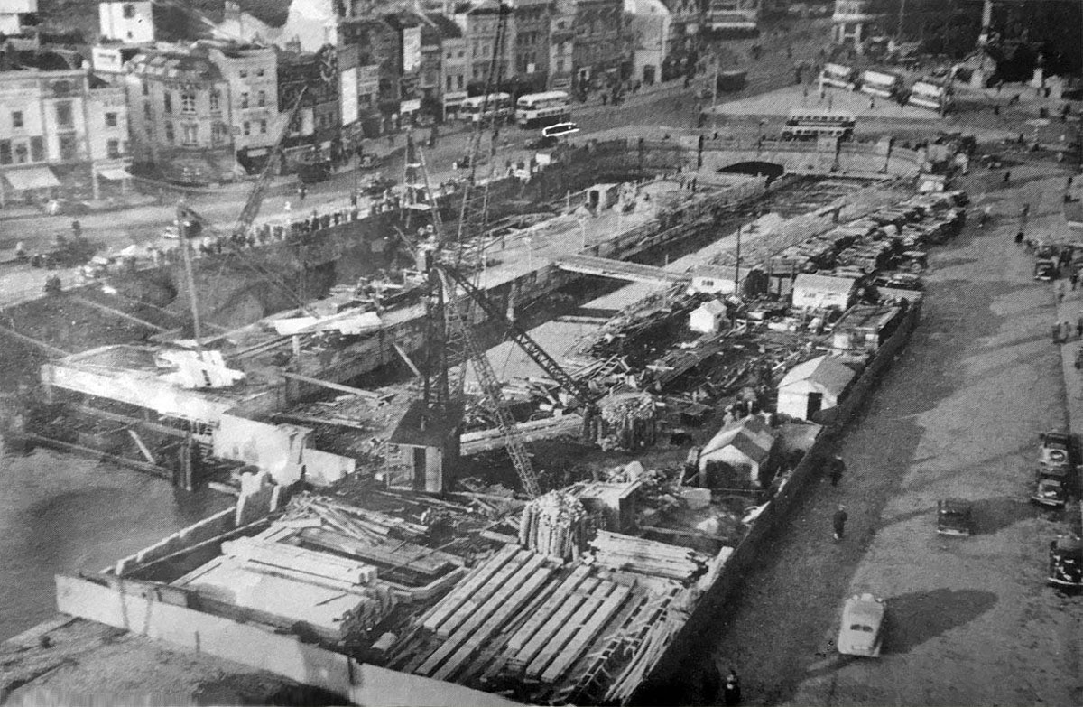 Culverting the lower part of the river in 1938